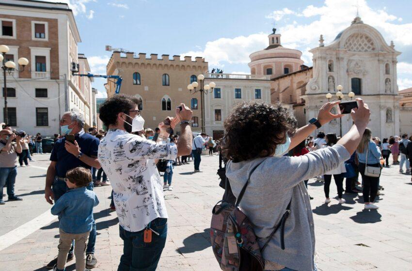 إيطاليا تفتح أبوابها للسياح من جديد